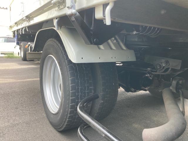 2tワイドロング トラック 後輪ダブル ABS エアコン パワーステアリング パワーウインドウ 4900ccディーゼル ロープ穴8ケ(5枚目)