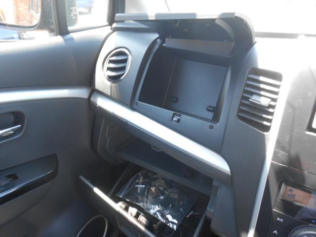 マツダ AZワゴンカスタムスタイル XS 新品タイヤ メモリーナビ キーフリー ワンオーナー