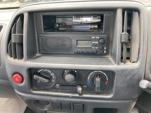マニュアル車 軽トラック ETC ホワイト 車検令和4年(2022年)1月 修復歴無 ガソリン車 2人乗り(13枚目)