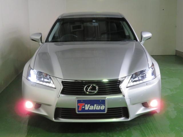 LEDライト搭載です。明るいヘッドライトの車に乗ってみると、その視界の良さに感動しますよ☆