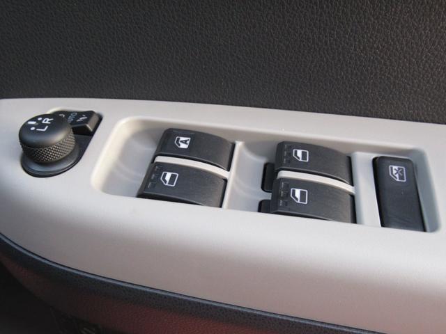 「ダイハツ」「ブーン」「コンパクトカー」「静岡県」の中古車32