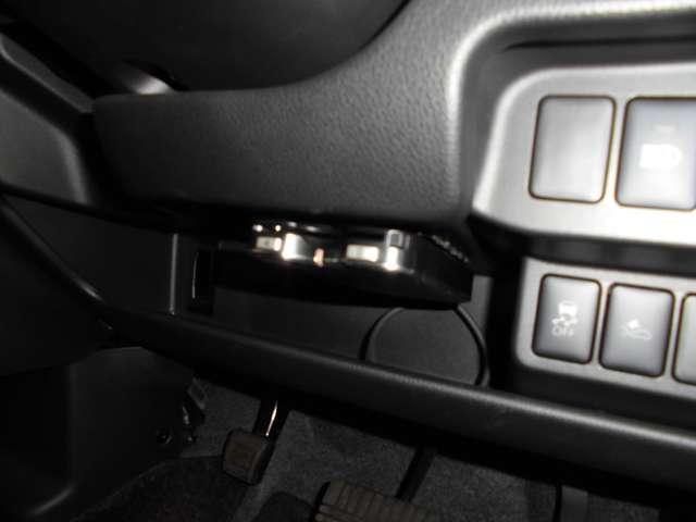 Tセーフティパッケージ 2WDターボ ワンセグナビ ETC シートヒーター HIDライト・・・三菱認定プレミアム保証対象車 車検整備付きになります。(17枚目)