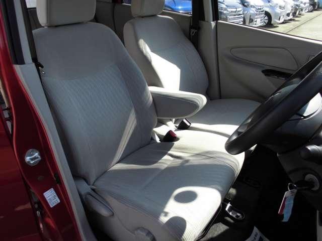 M ワンセグナビ ETC キーレス・・・前歴レンタカーです。車検整備付き 保証1年間付き(17枚目)
