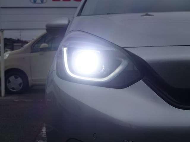 ホーム HOME 8インチ メモリーナビ バックカメラ ETC 安全運転支援システム ホンダセンシング LEDヘッドライト オートライト  盗難防止装置  スマートキー オートエアコン アイドリングストップ(14枚目)
