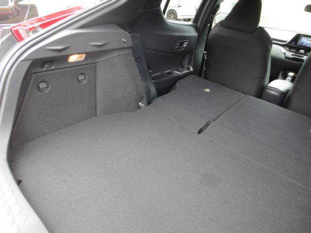 S LEDパッケージ LEDヘッド 衝突被害軽減システム(トヨタセーフティーセンス) 純正ナビ フルセグ DVD BT Bカメラ ETC 純正アルミ レーダークルーズコントロール(全車速追従機能付)(62枚目)