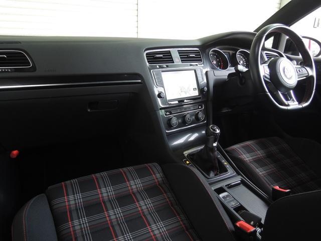 「フォルクスワーゲン」「VW ゴルフGTI」「コンパクトカー」「静岡県」の中古車5