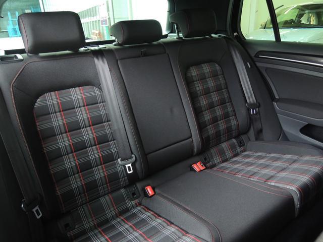 「フォルクスワーゲン」「VW ゴルフGTI」「コンパクトカー」「静岡県」の中古車18