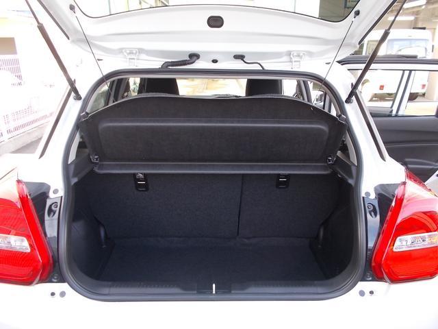 通常状態でも荷物スペースが確保されています
