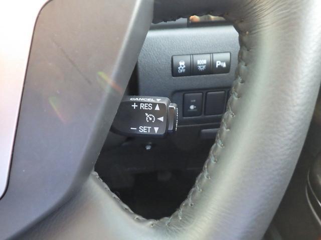 クルーズコントロール付きですよ!速度を維持する機能であり、高速道路で長距離運転する時はとっても便利ですよ★☆
