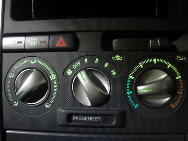 トヨタ bB S Xバージョン 純正エアロ 社外CD キーレス