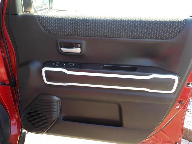 ハイブリッドXターボ 8インチSDナビフルセグTV 全方位モニター レーダーブレーキシステム キーフリー 15インチアルミ(20枚目)