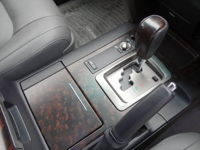 トヨタ ランドクルーザー AX Gセレクション 純正HDDマルチ 本革 22インチAW