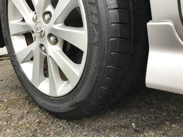 プラタナ ウェルキャブ リフトアップシート装着車 バックカメラ 両側スライド左側電動 革巻ステアリング ナビ付 ウォークスルー 電格ウインカーミラー 3列シート オートライト(43枚目)