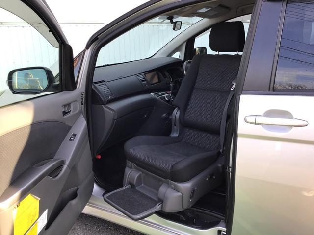 プラタナ ウェルキャブ リフトアップシート装着車 バックカメラ 両側スライド左側電動 革巻ステアリング ナビ付 ウォークスルー 電格ウインカーミラー 3列シート オートライト(54枚目)