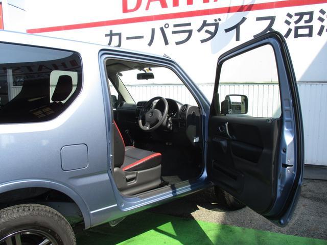 クロスアドベンチャー 4WD 5MT ETC シートヒーター キーレス フォグ 革巻きステアリング 電格ウインカーミラー ブラックカブロンソフトシート(11枚目)