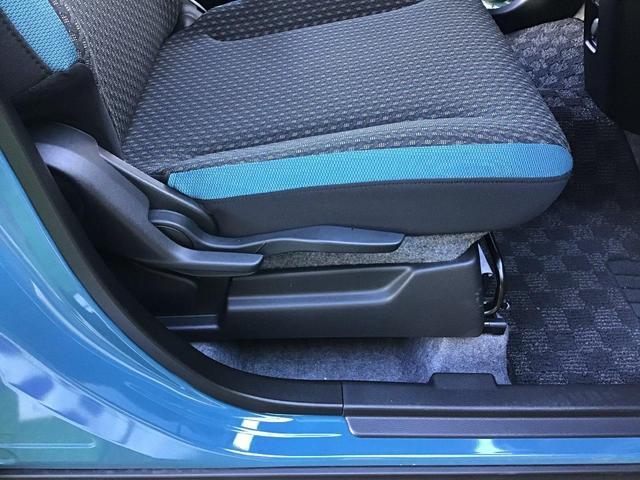 シートリフター!運転席座面の高さをレバーで簡単に調整できます。