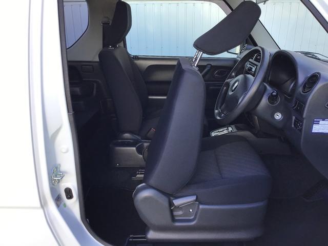 XC キーレスエントリー 2WD 4WD 4WD-L切替 フォグランプ バイザー フロアマット 電格ミラー スペアタイヤ アルミホイール コインケース オートパワーウィンドウ CD AM FMラジオ(13枚目)