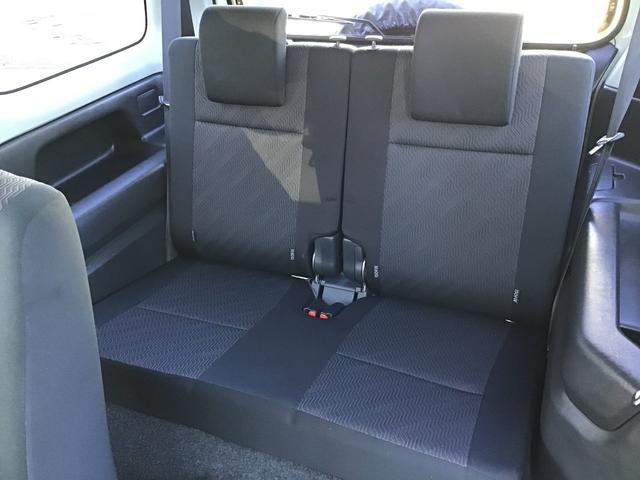 XC キーレスエントリー 2WD 4WD 4WD-L切替 フォグランプ バイザー フロアマット 電格ミラー スペアタイヤ アルミホイール コインケース オートパワーウィンドウ CD AM FMラジオ(20枚目)
