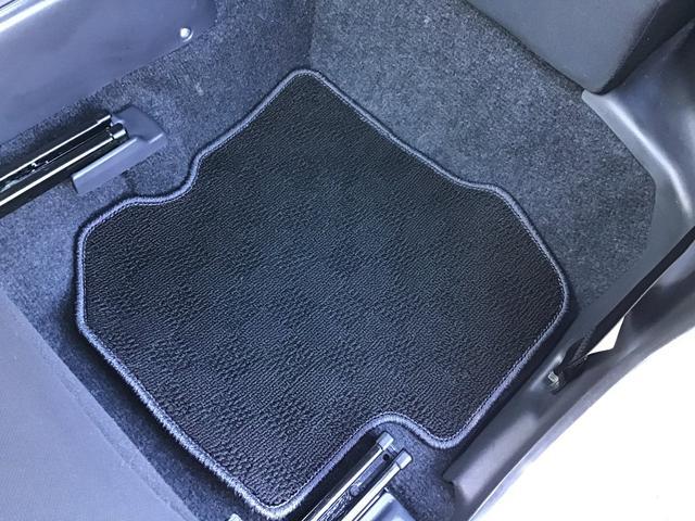 XC キーレスエントリー 2WD 4WD 4WD-L切替 フォグランプ バイザー フロアマット 電格ミラー スペアタイヤ アルミホイール コインケース オートパワーウィンドウ CD AM FMラジオ(28枚目)