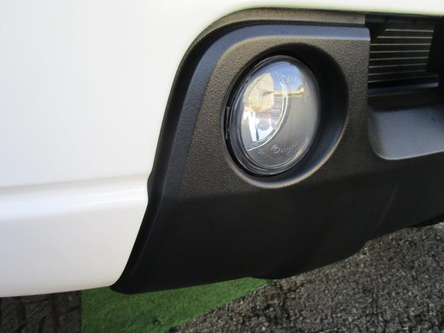 XC キーレスエントリー 2WD 4WD 4WD-L切替 フォグランプ バイザー フロアマット 電格ミラー スペアタイヤ アルミホイール コインケース オートパワーウィンドウ CD AM FMラジオ(55枚目)