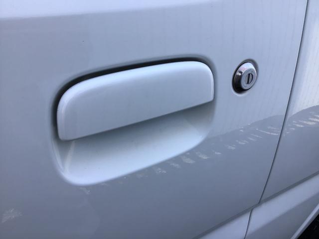 XC キーレスエントリー 2WD 4WD 4WD-L切替 フォグランプ バイザー フロアマット 電格ミラー スペアタイヤ アルミホイール コインケース オートパワーウィンドウ CD AM FMラジオ(57枚目)