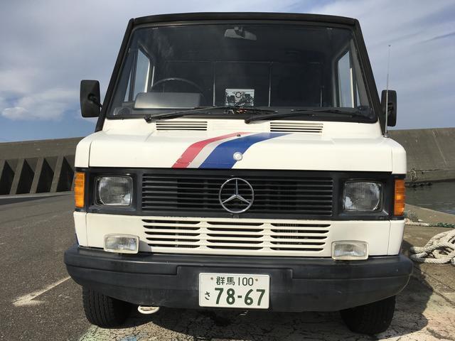 メルセデス・ベンツ トランスポーター 208D1ナンバー2人乗り