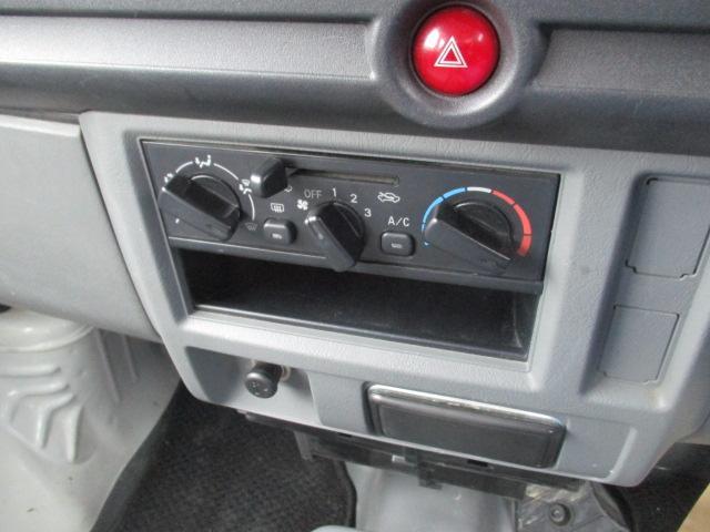 日産 NV100クリッパーバン DX 集中ドアロック