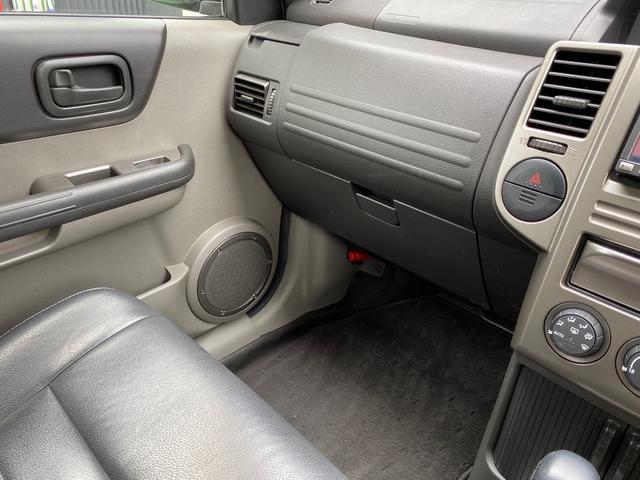 X 4WD アーミーグリーン全塗装済 ブラックバンパー 16インチアルミホイール HDDナビ DVD再生 走行中OK ETC キーレス 撥水カブロンシート  ウォッシャブルラゲッジボード(19枚目)
