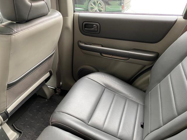 X 4WD アーミーグリーン全塗装済 ブラックバンパー 16インチアルミホイール HDDナビ DVD再生 走行中OK ETC キーレス 撥水カブロンシート  ウォッシャブルラゲッジボード(26枚目)