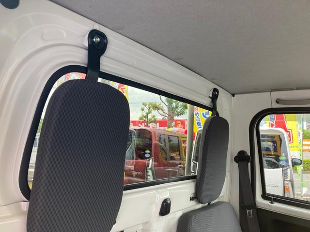 エクストラ 4WD 5速マニュアル エアコン パワステ パワーウインドウ フォグランプ 荷台マット ドアバイザー 作業灯 キーレス 軽トラック(7枚目)