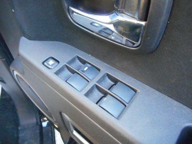 三菱 デリカD:5 Dパワーパッケージ4WDディーゼルSDナビBモニター8人乗