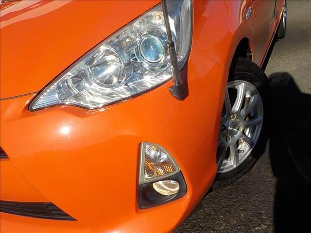 トヨタ アクア S スマートエントリーPKG地デジSDナビBカメラHID