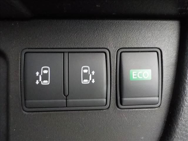 中古車は一台一台状態や装備が異なります。希望には近いけど気になる部分が必ずあるものです。でも車探しでは、なるべく妥協したくない! そんな方には当社の「バックオーダーシステム」でお気に入りの車を探します