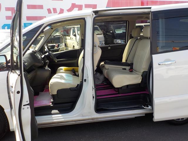 「日産」「セレナ」「ミニバン・ワンボックス」「静岡県」の中古車36