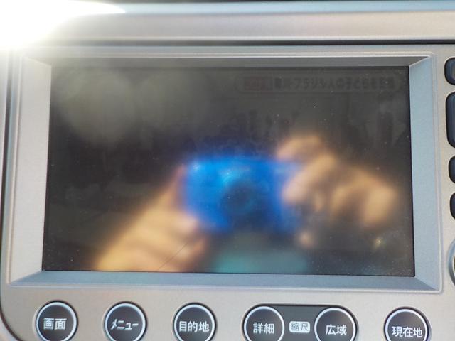 ナビプレミアムセレクション メーカーHDDナビ 地デジTV バックカメラ クルーズコントロール パドルシフト ビルトインETC HID シートヒーター スマートキー ステアリモコン コンフォートビューパッケージ(10枚目)