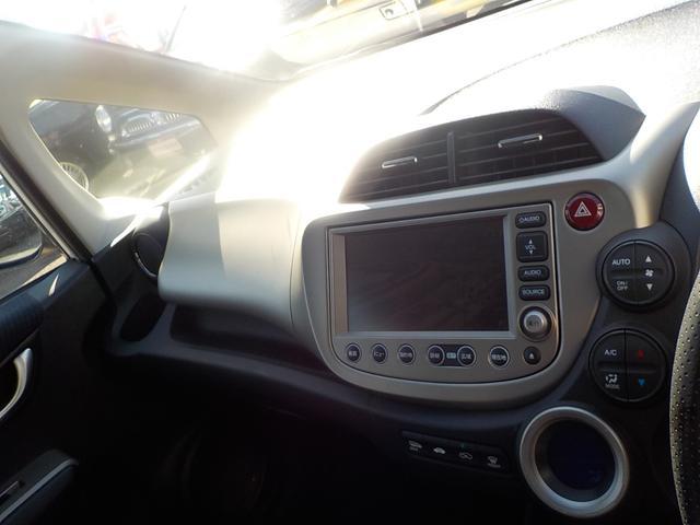 ナビプレミアムセレクション メーカーHDDナビ 地デジTV バックカメラ クルーズコントロール パドルシフト ビルトインETC HID シートヒーター スマートキー ステアリモコン コンフォートビューパッケージ(12枚目)