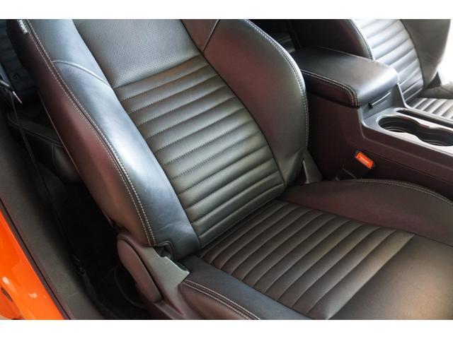R/T2013年モデル並行輸入車黒革シート地デジ付ナビ(17枚目)