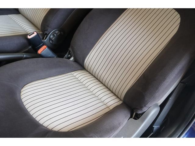 「ランチア」「イプシロン」「コンパクトカー」「静岡県」の中古車18