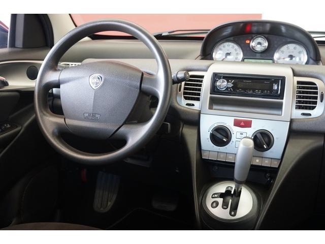 「ランチア」「イプシロン」「コンパクトカー」「静岡県」の中古車21