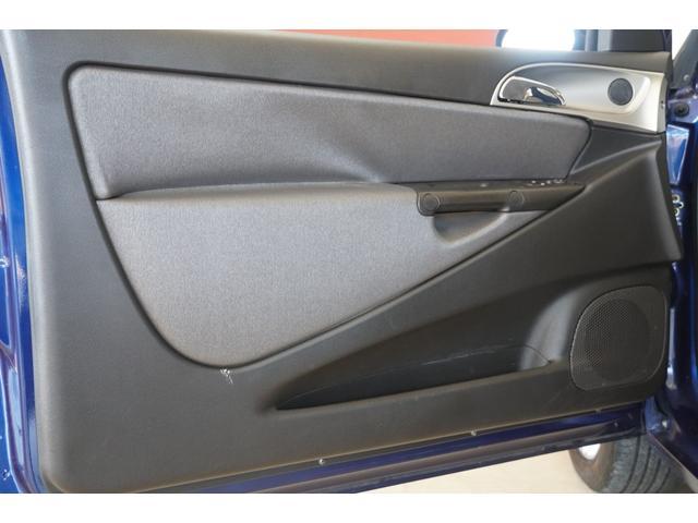 「ランチア」「イプシロン」「コンパクトカー」「静岡県」の中古車26