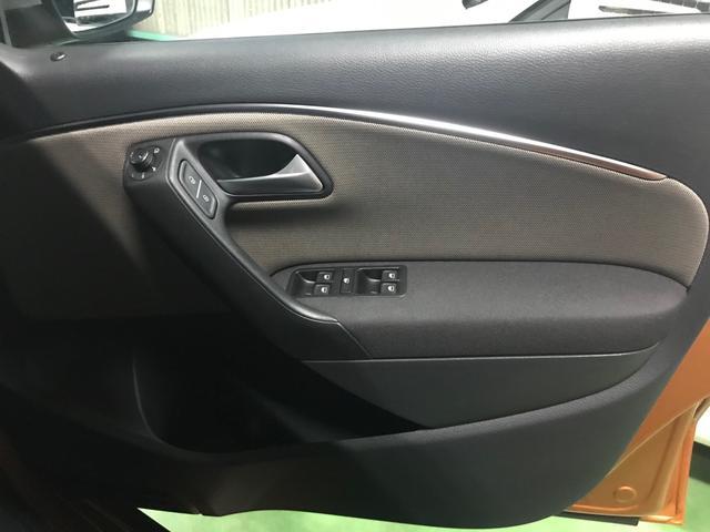 「フォルクスワーゲン」「ポロ」「コンパクトカー」「静岡県」の中古車13