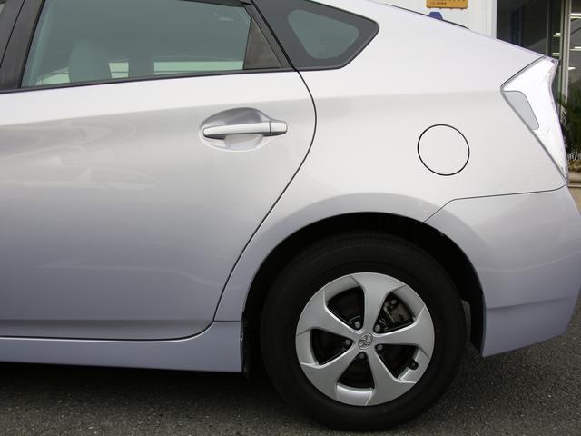 トヨタ プリウス S 後期型 メモリーナビ 禁煙車 HID