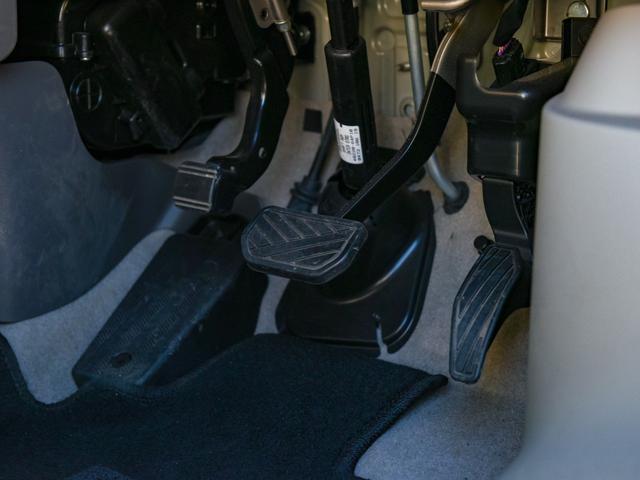 GX 禁煙車/エマージェンシーブレーキ/キーレス/全席パワーウインドウ/CD・ラジオ/オートライト リモコンキー CDチューナー 横滑り防止 パワーウィンドウ 両側スライド エアコン ABS 1オナ(29枚目)