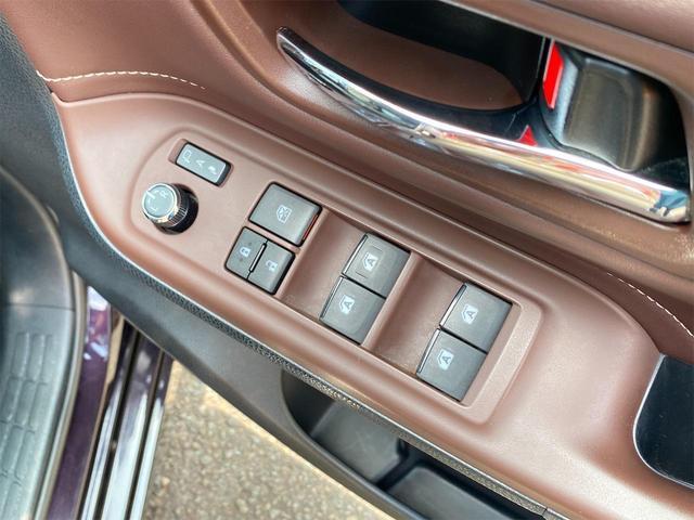 Gi スマートキー&プッシュスタート/両側電動スライドドア/9インチSDナビ/DVD再生/Bluetooth/バックカメラ/ETC/7人乗り/シートヒーター/クルーズコントロール/オートマチックハイビーム(22枚目)