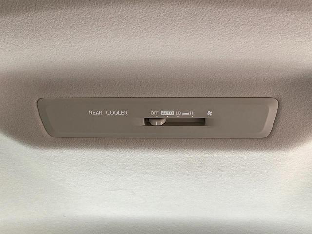 Gi スマートキー&プッシュスタート/両側電動スライドドア/9インチSDナビ/DVD再生/Bluetooth/バックカメラ/ETC/7人乗り/シートヒーター/クルーズコントロール/オートマチックハイビーム(54枚目)