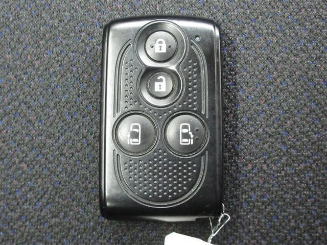 カスタムRS SA ワンオーナー 安全装備 衝突被害軽減システム 横滑り防止機能 ABS エアバッグ 盗難防止装置 アイドリングストップ ETC ミュージックプレイヤー接続可 CD スマートキー キーレス フル装備(18枚目)