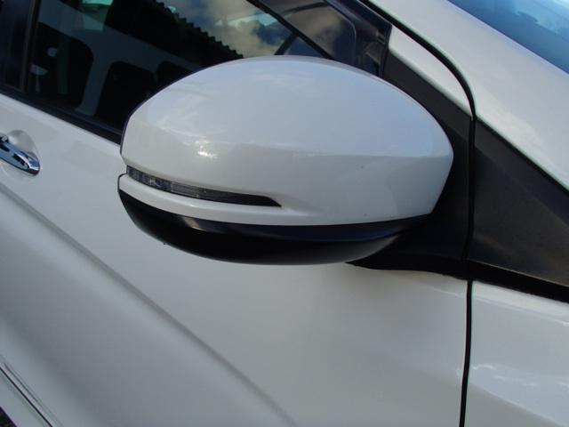 フルセグインターナビBカメラ無限フルエアロ&17インチAW&グリルLEDヘッドライト軽減ブレーキ  セットでお得実質年率2.9%得々パック!憧れの車が半額ゴジュッパ!新規導入車検パック!下取10万も!