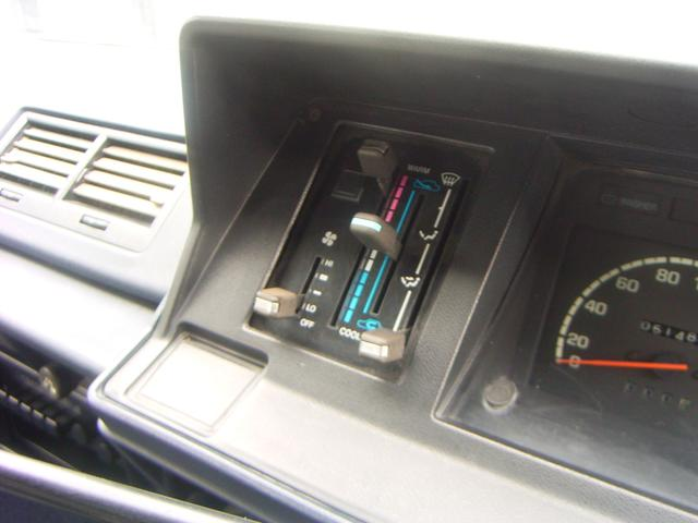 トヨタ ハイエースワゴン カスタム コラム5速