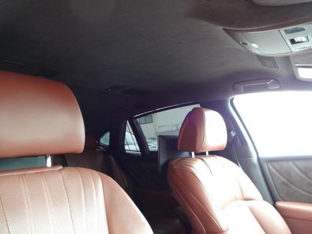 LS500h エグゼクティブ 法人1オーナー車 リアエンター後席モニター 限定オプションL-アニリン本革シート  純正オプション20インチAWブラック仕様 ローダウン マークレビンソン オートトランク ヘッドアップディスプレイ(24枚目)
