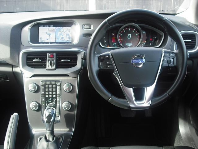 ボルボ ボルボ V40 T4SEセーフティPK新車ワンオーナーHDDナビTVキセノン